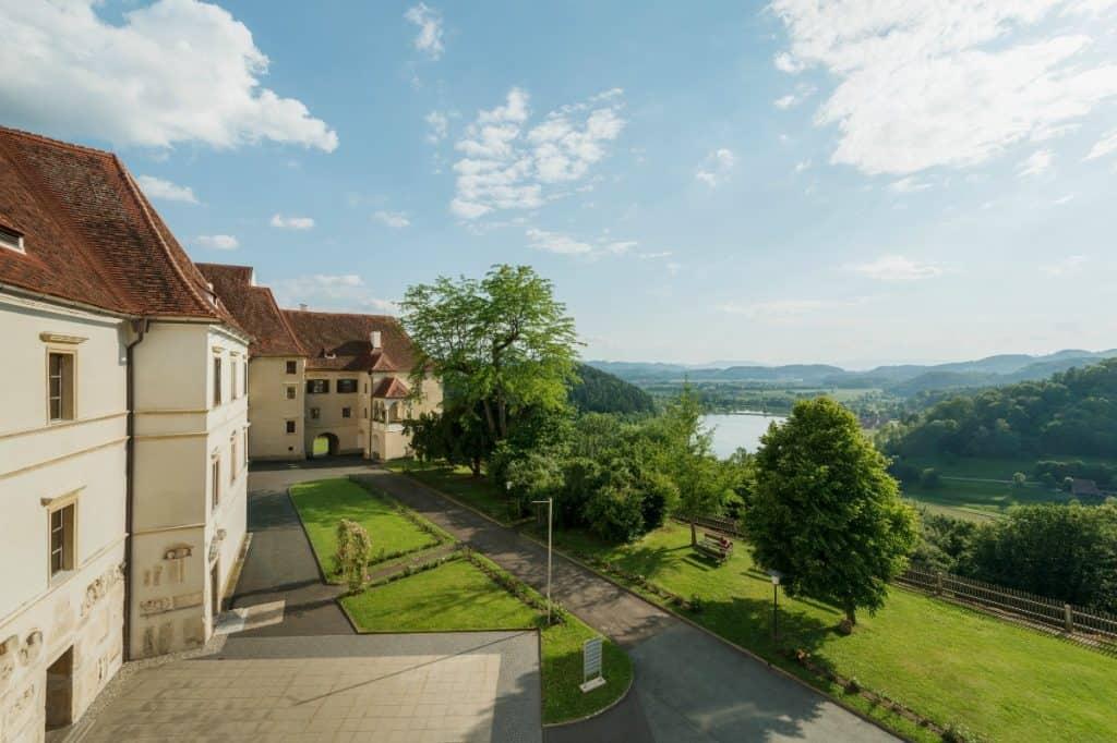 Hotel Schloss Seggau - Oberer Schlosshof